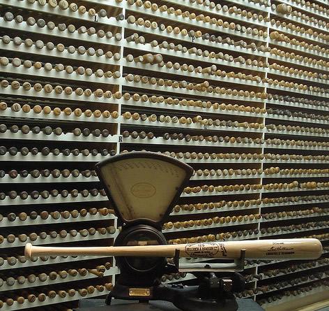 Louisville Slugger Bat Vault