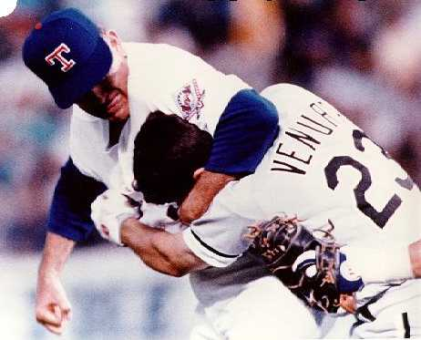 Nolan Ryan Robin Ventura Fight